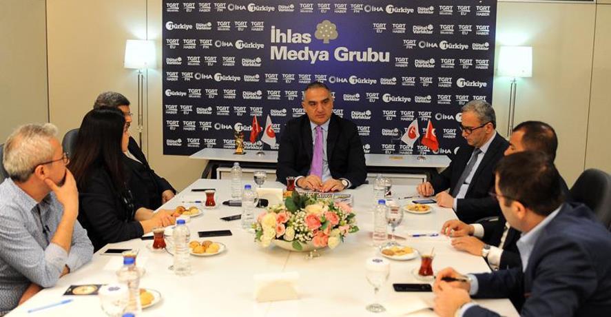 BAKAN ERSOY, TÜRKİYE GAZETESİ GÜNDEM TOPLANTISI'NDA SORULARI YANITLADI
